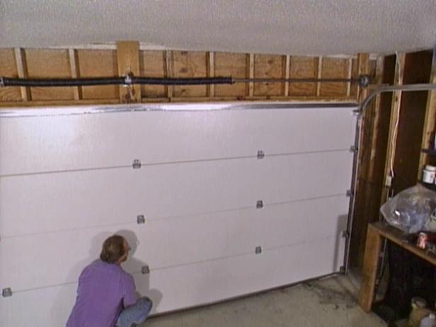 7 Ways To Make Garage Doors More Secure