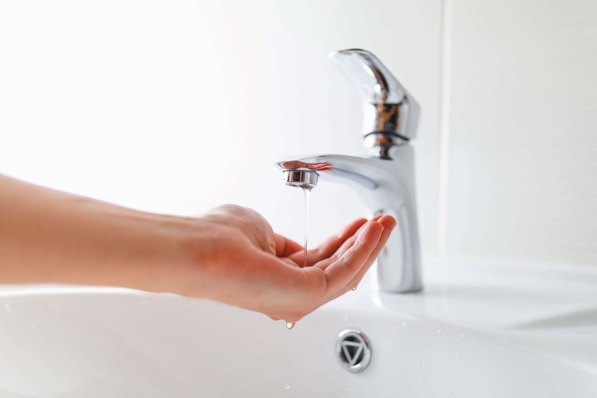7 Reasons Why You Should Consider Hiring a Tap Plumber